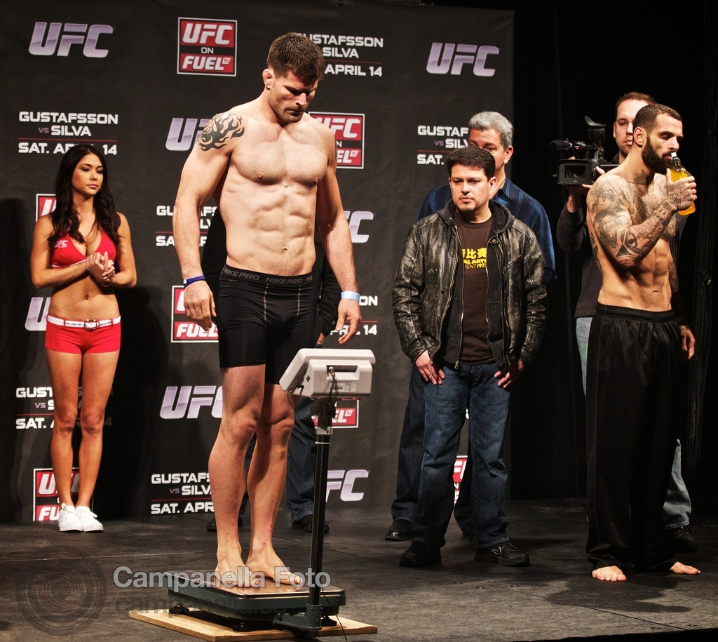 ufc-fuel-weigh-in-4